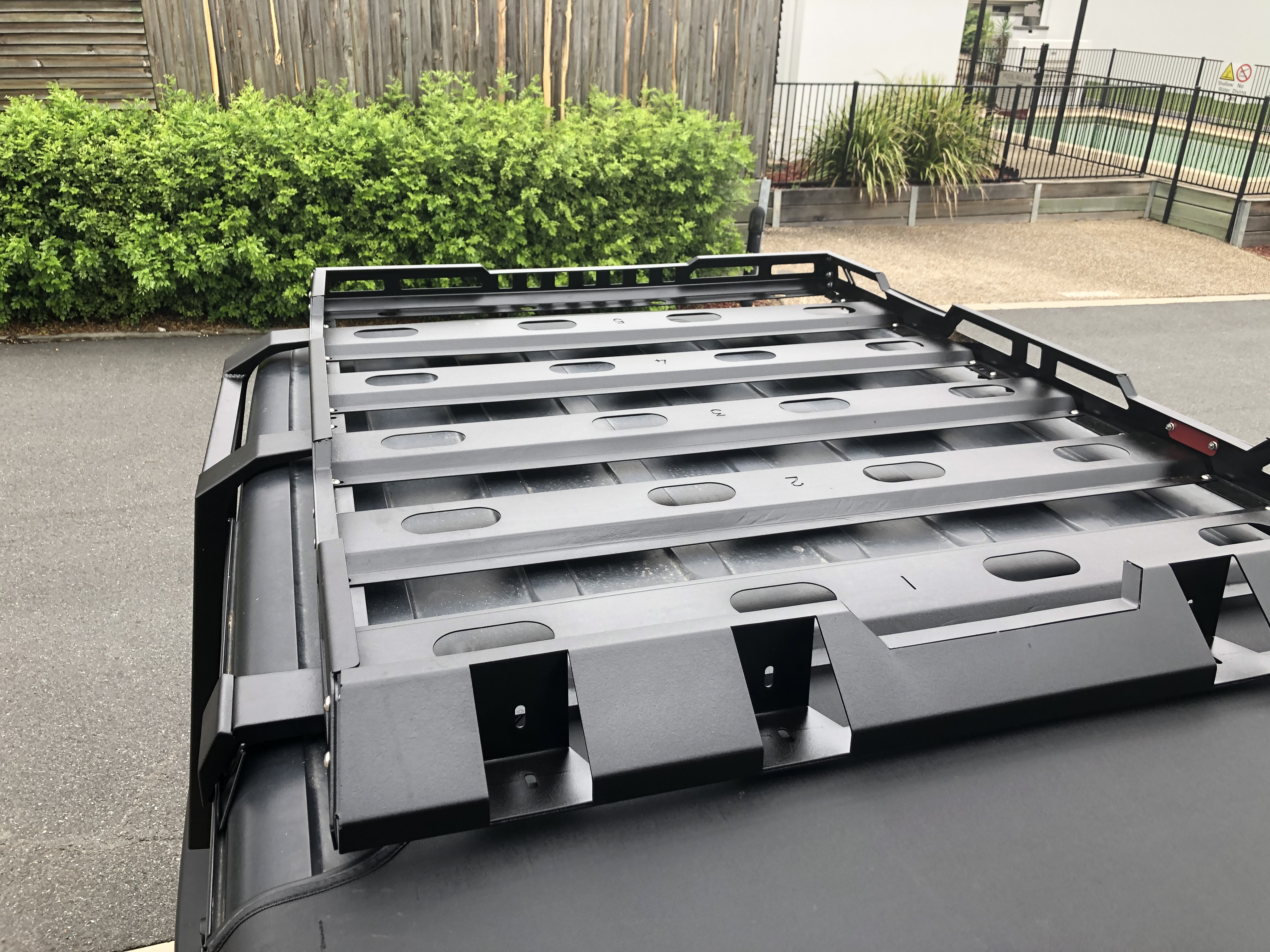 On Sale 4 Door Stealth Rack Heavy Duty Low Profile Roof