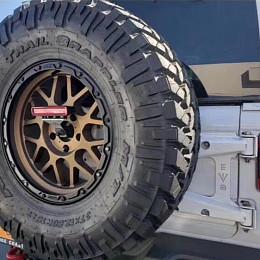 Image of a Jeep Wrangler Jeep Wrangler  JL Oversized Spare Tire Mounting Bracket Kit