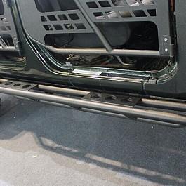 Image of a Jeep Wrangler 4 Door 3-Tube Rock Sliders (Set)