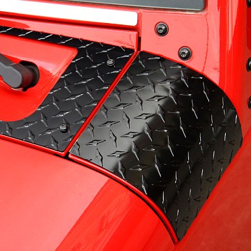 Image of a Jeep Wrangler Accessories Premium Side Cowl Cover (Aluminium, Gloss Black)