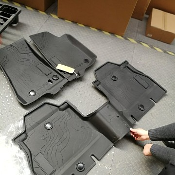 Image of a Jeep Wrangler NEW JEEP JL PARTS Jeep Wrangler 2019~ JL 4 Door Floor Mat