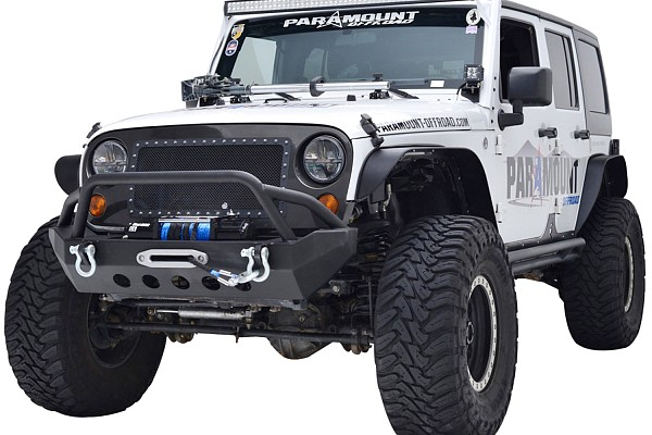 Picture of a JW0264 Style Stubby Steel Front Winch Bull Bar