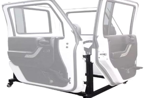 Picture of a Jeep Wrangler  JK Half door bracket