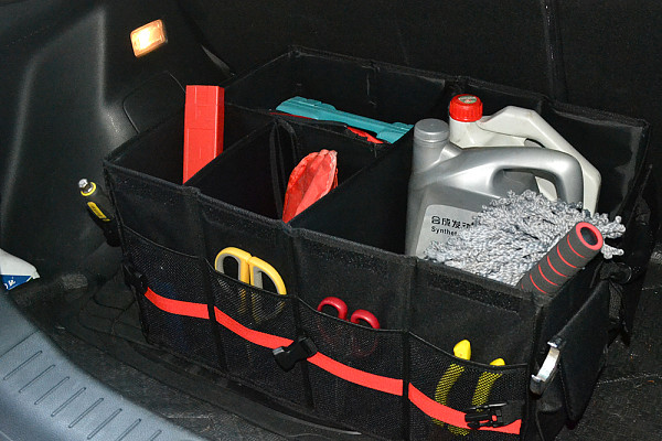 Picture of a Jeep Wrangler JK  Tailgate Storage Box J289