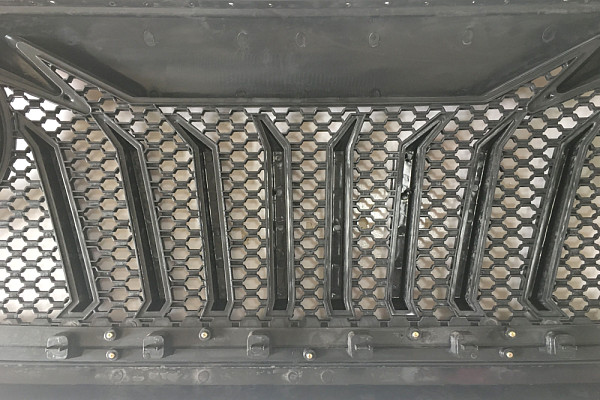 Picture of a Jeep Wrangler JL  Angry Grille JL1071