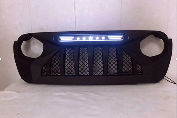 Picture of a Jeep  Wrangler JL  grill with white led 004W