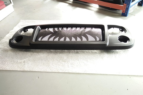 Picture of a Spartan Fang Style Angry Grille Matte black